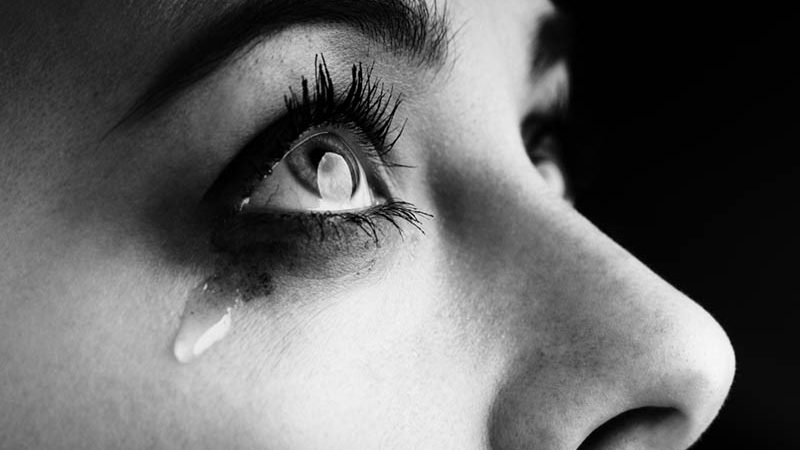 Instructions to Make Yourself Cry On The Spot: 11 Tips To Burst Into Tears